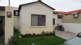 Casa en villa club de 1 planta, 3 cuartos, 2 baños, acabados de lujo, propietario directo