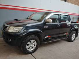 Toyota hilux SRV 2015 facturable
