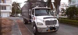 Mercedes Benz 2015 Freightliner M2 106