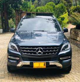 Mercedes Benz ML350 - Perfecta.
