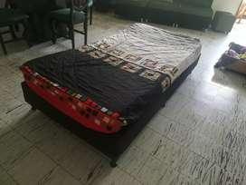 Base cama personal con colchón negociable