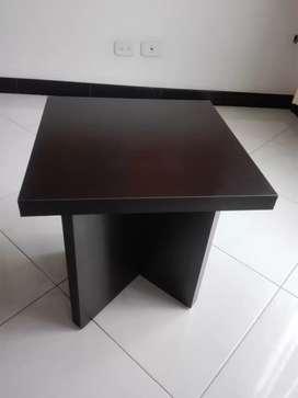 Mesa de centro de 45 cms de alta