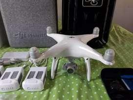 A la venta Drone DJI PHAMTON 4 como nuevo - poco uso