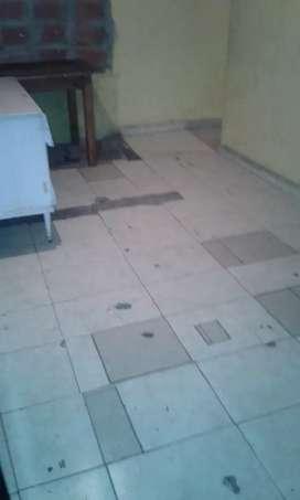 La casa es ariba tiene una pieza un baño y la cocina zona oeste Pedro lino fune 3435