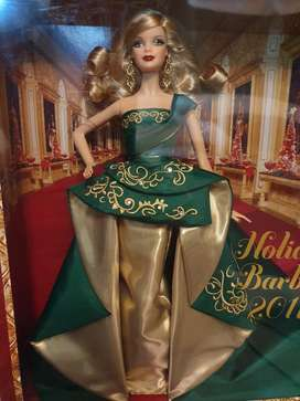 Barbie colector Holly Day 2011