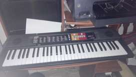 teclado yamaha impecable