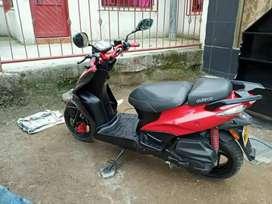 Se vende moto agility RS NAKED