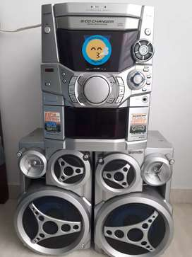 Vendo Equipo de Sonido Panasonic