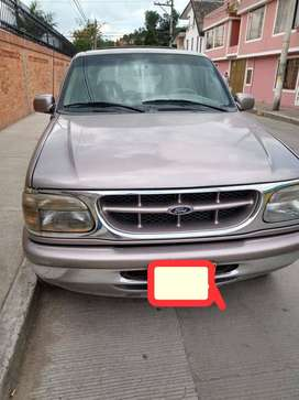 Vendo Ford Explorer en perfectas condiciones