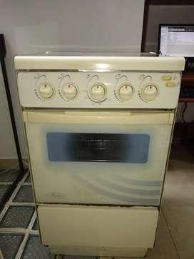 Se vender hermlsa estufa con horno