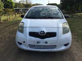 Toyota yaris Hatchback 2008 En 2500 Negociable!!