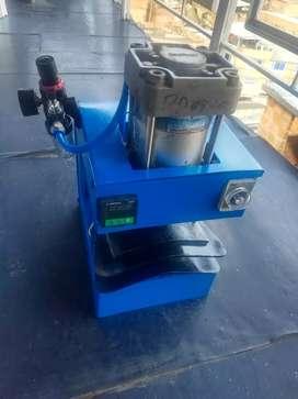 Conformadora preformadora de puntas para zapatería, neumática con calefacción, máquina de calzado.