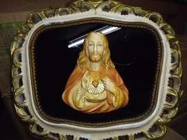 cuadro religioso con el sagrado corazon de jesus antiguo de 39cm de alto por 41cm de ancho