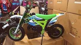 Moto para niños 60cc  tipo cros  para niños encendido eléctrico