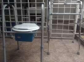 Caminador ortopedico y silla sanitaria
