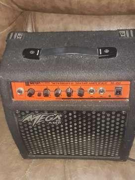 Amplifucador de guitarra electrica