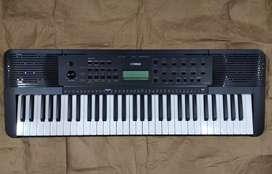 Piano Yamaha psre 273