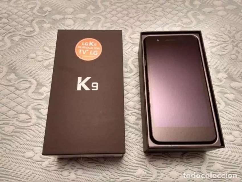 Se vende o cambia lg k9 caja cargador factura y seguro 0