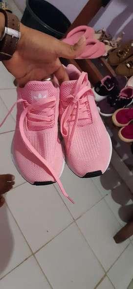 Vendo Zapatos para Dama Talla 38.nuevos