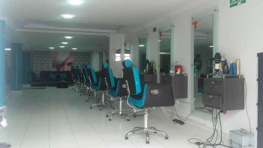 Muebles en perfecto estado de peluquería