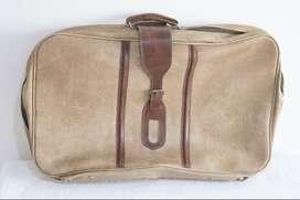 Antigua Valija de Cuero Marrón de 68cm x 40 cm