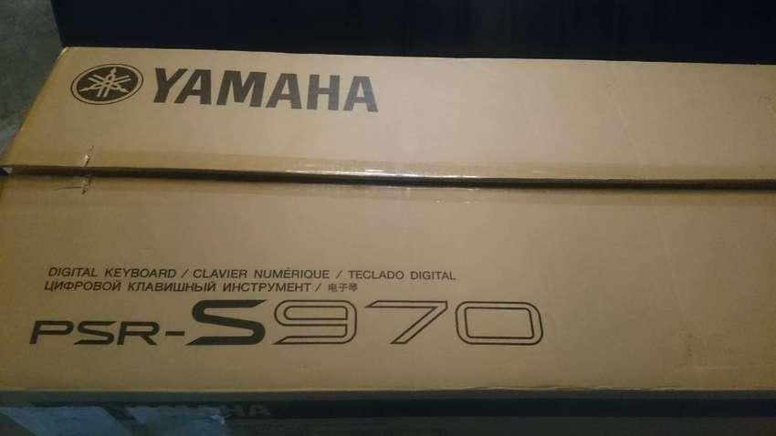 Yamaha PSRS970 0