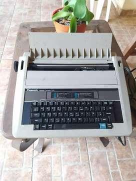 Maquina de escribir electrónica Panasonic R305