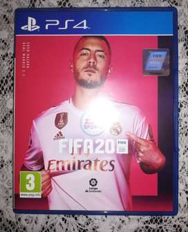 VENDO FIFA 20 PS4 , CALL OF DUTY WWII, WATCH DOGS