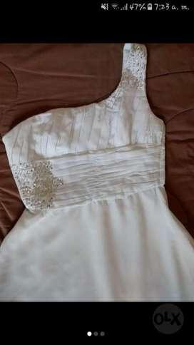 Vestido Blanco para Dama, Largo. Usado.