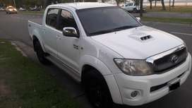 TOYOTA HILUX 3.0 SRV 2011 IMPECABLE