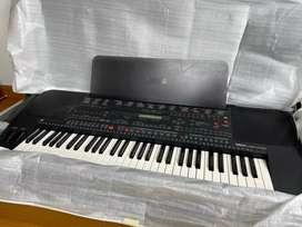 Piano yamaha psr 5700 como nuevo japones y deal para tocar en vivo alta gama