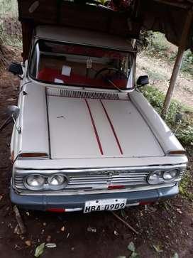 Vendo camioneta Toyota Hilux año 1977 el carro se encuentra matriculado al día