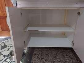 Mueble bajo mesada de cocina