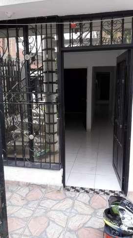 Alquilo apartamento en Samanes de Guadalupe en primer piso