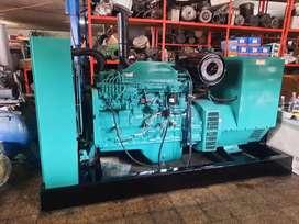Planta electrica Cummis,motor 6CT,200 kva,160 kw