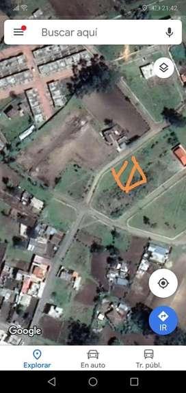 Vendo terreno de 200 metros cuadrados con sus servicios basicos
