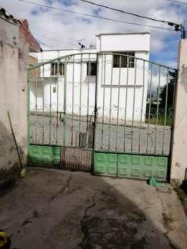 Vendo hermosa casa a oportunidad en 45.pop begociableb en Ibarra