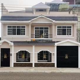 Vendo Casa de Lujo en sector Miraflores, Machala