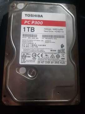 Disco duro 1TB TOSHIBA