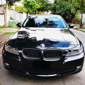 BMW 318i sedan executive 2012