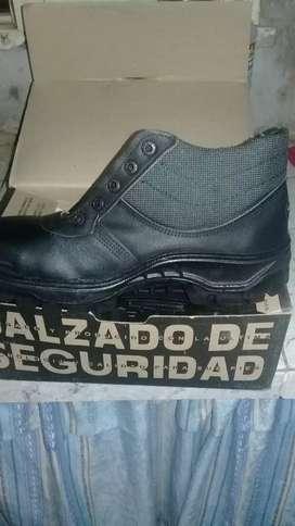 Vendo zapato de  trabajo
