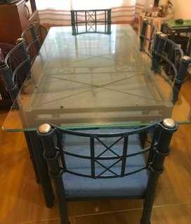Juego de mesa de vidrio con caño reforzado - 4 sillas y 2 sillones