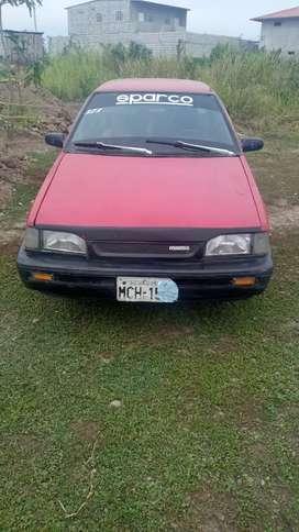 Vendo auto Mazda 323 del año 1994.