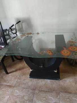 Se vende vidrio de mesa en buen estado!