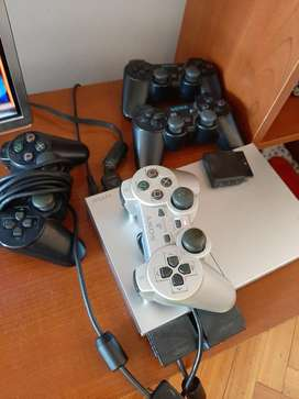 Play Station 2  40 Juegos  4 Joysticks