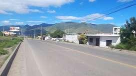 Venta de casa frente a la vìa a Carimanga en Catamayo-Loja
