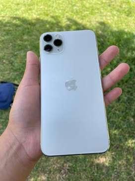 Vendo iPhone 11 Pro Max 64GB Estado 10 de 10 Impecable Batería 92% Precio a Tratar o Cambio.