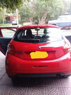 Vendo peugeot 208 active 1.5 nafta. 5 puertas