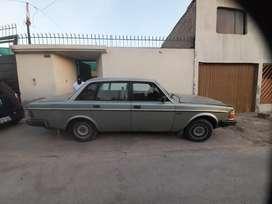 Se vende auto volvo dek 85 en buenas condiciones
