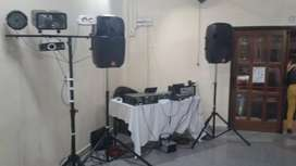 Alquiler de sonido, iluminación y efectos led, máquina de humo, láser, servicio de Dj, Nieve, Burbujas,  a domicilio.